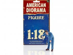 Mechaniker Doug füllt Motoröl nach 1:18 American Diorama