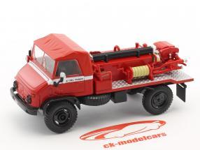Mercedes-Benz Unimog 404 bombeiros vermelho 1:43 Atlas