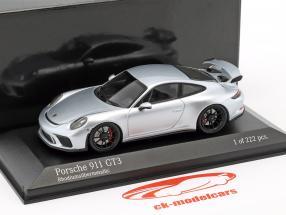 Porsche 911 (991 II) GT3 Baujahr 2017 rhodium silber metallic 1:43 Minichamps