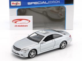 Mercedes-Benz CL 63 AMG argento 1:24 Maisto