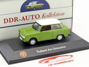 Trabant 601 berlina verde / bianco 1:43 Atlas