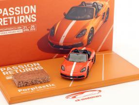 Porsche 718 Boxster GTS Porsche Tennis Grand Prix 2018 orange / White 1:43 Spark