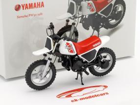 Yamaha PW 50 Baujahr 1981 weiß / rot / schwarz 1:12 Spark