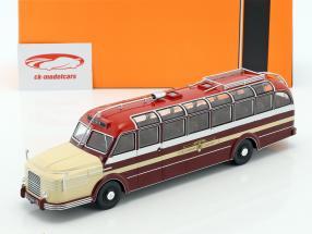 Krupp Titan 080 bus année de construction 1951 sombre rouge / beige 1:43 Ixo