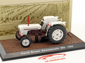 David Brown Selectamatic 880 Traktor Baujahr 1969 weiß 1:32 Atlas