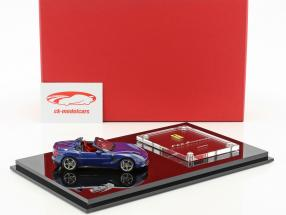 Ferrari F60 America Baujahr 2014 dunkelblau mit Vitrine 1:43 BBR