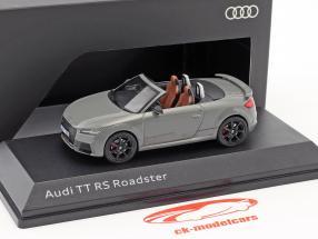 Audi TT RS Roadster nardo grå 1:43 iScale