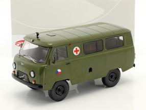 UAZ 452A (3962) Ambulance CZ Army year 1985 olive green 1:18 Premium ClassiXXs