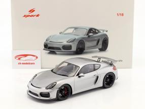 Porsche 981 Cayman GT4 année de construction 2016 argent 1:18 Spark