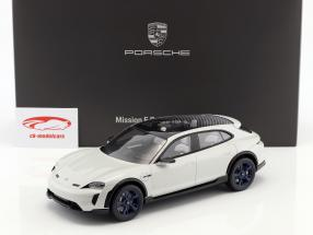 Porsche Mission E Cross Turismo anno di costruzione 2018 bianco-grigio con vetrina 1:18 Spark