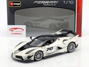 Ferrari FXX-K Evoluzione #70 ano de construção 2018 branco metálico / preto 1:18 Bburago