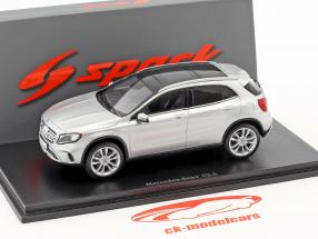 Mercedes-Benz GLA-Class 250 year 2017 silver 1:43 Spark