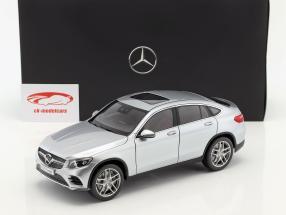 Mercedes-Benz GLC Coupe (C253) año 2016 diamante plata 1:18 iScale