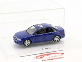 Audi S4 (B5) anno di costruzione 1997 nogaro blu 1:43 DNA Collectibles
