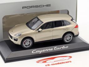 Porsche Cayenne Turbo År 2014 guld 1:43 Minichamps