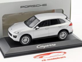 Porsche Cayenne (958) anno di costruzione 2014 argento 1:43 Minichamps