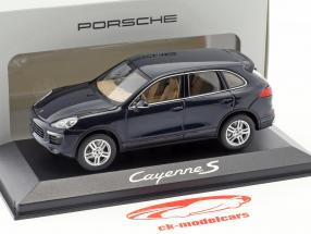 Porsche Cayenne E2 II S (958) Bouwjaar 2015 donkerblauw 1:43 Minichamps