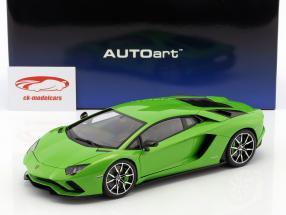 Lamborghini Aventador S year 2017 mantis green 1:18 AUTOart