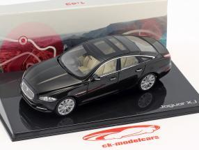 Jaguar XJ (X351) Opførselsår 2009 ametyst sort 1:43 Ixo
