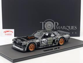 Ford Mustang Hoonigan #43 Ken Block Opførselsår 1965 sort / grå 1:12 TopMarques