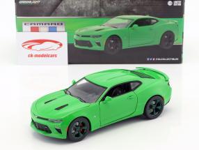 Chevrolet Camaro SS Opførselsår 2017 krypton grøn / grøn 1:24 Greenlight