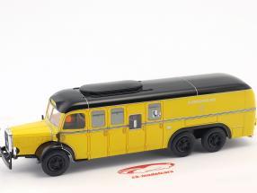 Mercedes-Benz O10000 bus mail Oostenrijk Bouwjaar 1938 geel 1:43 Altaya