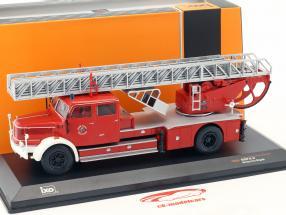 Krupp DL52 con scala vigili del fuoco Essen  rosso 1:43 Ixo