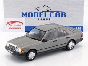 Mercedes-Benz 300 D (W124) ano de construção 1984 cinza metálico 1:18 Model Car Group