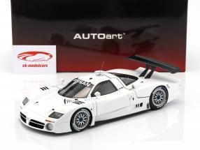 Nissan R390 GT1 LeMans année de construction 1998 blanc 1:18 AUTOart