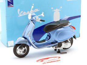Vespa Primavera lys blå metallisk 1:12 NewRay