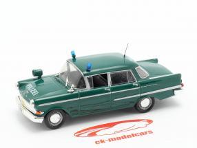 Opel Kapitän policía verde en ampolla 1:43 Altaya