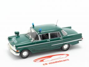 Opel Kapitän politie groen in blaar 1:43 Altaya