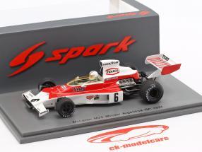 Denis Hulme McLaren M23 #6 winnaar Argentinian GP formule 1 1974 1:43 Spark
