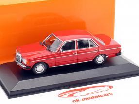 Mercedes-Benz 230E (W123) année de construction 1982 rouge 1:43 Minichamps