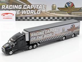 Kenworth T2000 Sattelzug Baujahr 2019 Indianapolis Motor Speedway 1:64 Greenlight