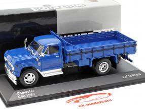 Chevrolet C60 camion année de construction 1960 bleu 1:43 WhiteBox