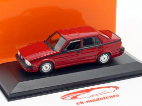 Alfa Romeo 75 V6 3.0 America Bouwjaar 1987 rood 1:43 Minichamps