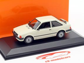 Ford Escort year 1981 light grey 1:43 Minichamps