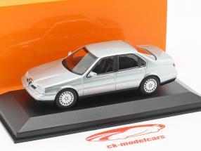 Alfa Romeo 164 3.0 V6 Super Opførselsår 1992 sølv metallisk 1:43 Minichamps