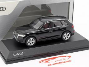 Audi Q5 mythe zwart 1:43 iScale