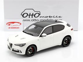 Alfa Romeo Stelvio Quadrifoglio ano de construção 2017 branco 1:18 OttOmobile
