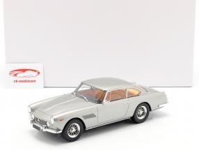 Ferrari 250 GTE 2+2 Baujahr 1960 silber 1:18 Matrix