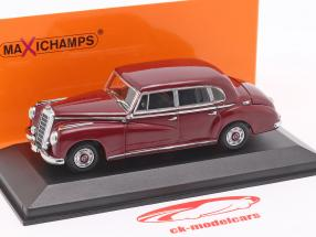 Mercedes-Benz 300 (W186) Bouwjaar 1951 purper 1:43 Minichamps