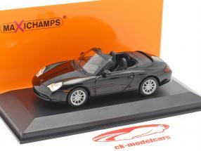 Porsche 911 (996) Cabriolet Baujahr 2001 schwarz metallic 1:43 Minichamps