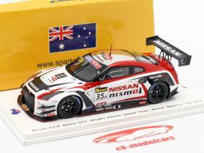 Nissan GT-R Nismo GT3 #35 gagnant 12h Bathurst 2015 Chiyo, Reip, Strauss 1:43 Spark