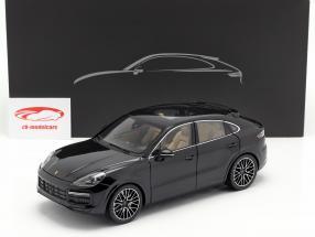 Porsche Cayenne Turbo Coupe 2019 tiefschwarz metallic mit Vitrine 1:18 Norev