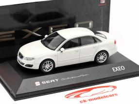 Seat Exeo Limousine candy weiß 1:43 Seat