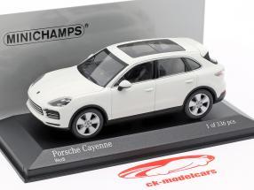 Porsche Cayenne año de construcción 2017 blanco 1:43 Minichamps