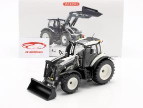 Valtra T174 Traktor mit Frontlader weiß / schwarz 1:32 Wiking