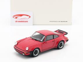 Porsche 911 (930) Turbo Año 1975 rojo 1:24 Welly